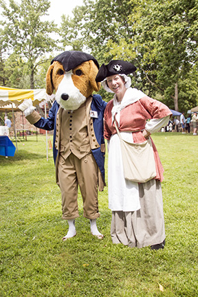 Moland Reenactment _ August 2014 _ Molly Pitcher meets the history hound